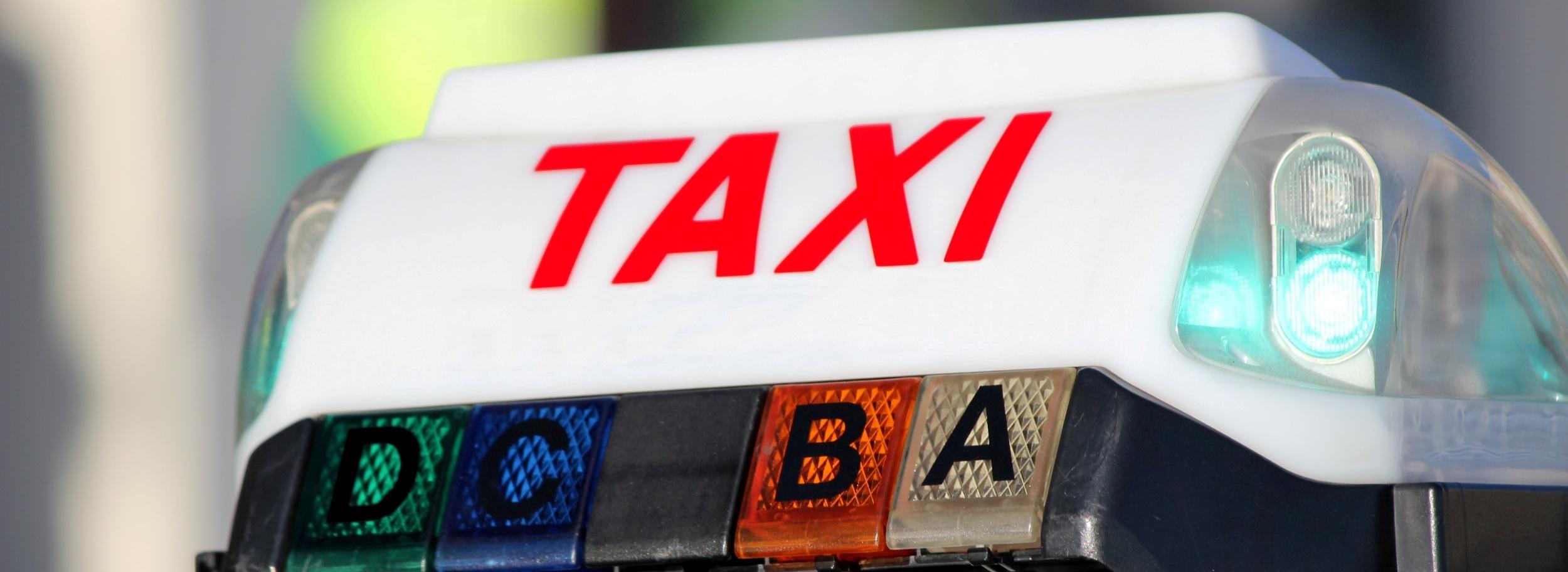 taxi-bandeau